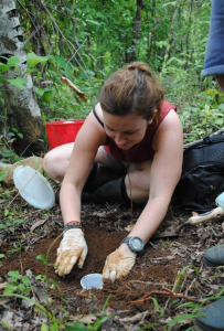 Photo by Nick Hawkins, Eleanor Flatt studying dung beetles at Osa Conservation