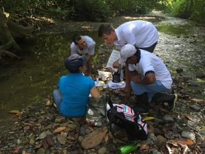 Photo by Sawyer Judge, team testing water quality for Ríos Saludables