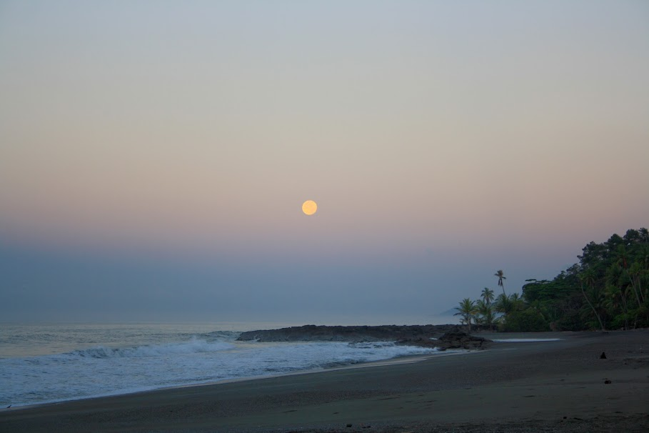 The beach during sunset at Osa; Photo by Manuel Sanchez